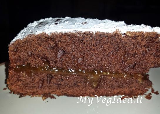 torta cacao e datteri ripiena