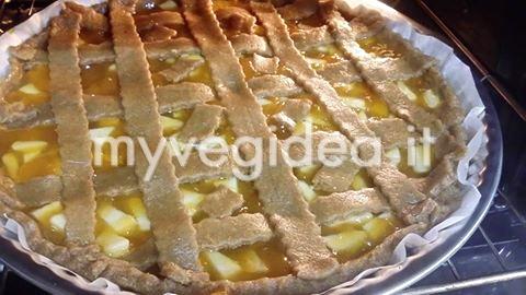 crostata di marmellata e mele